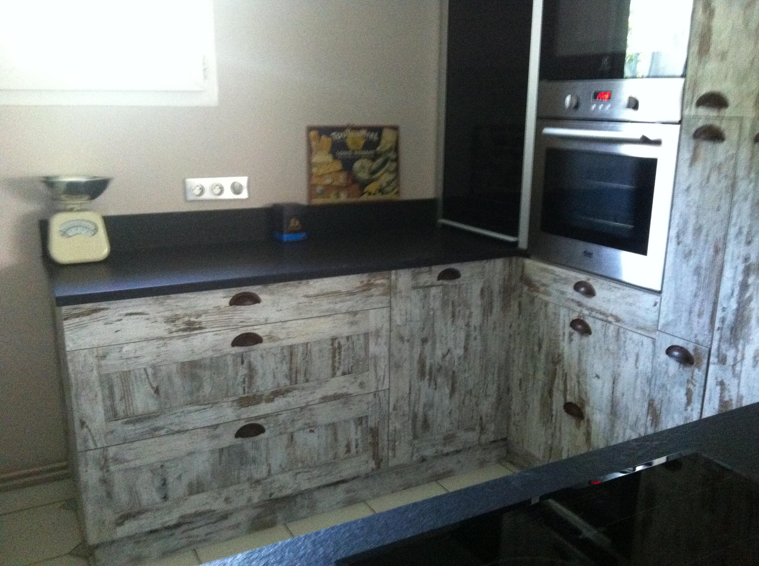 Meubles cuisine is re mobilier sur mesure cuisines for Fabricant meuble cuisine portugal